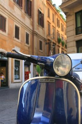 0042-italian_scooter.jpg