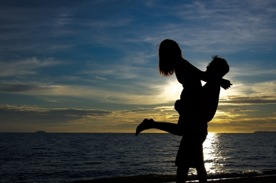 0065-romantic_couple.jpg