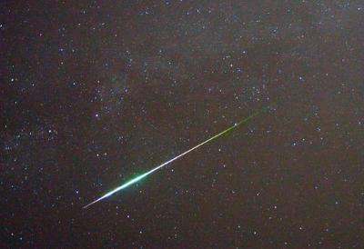 0072-perseid_meteor_in_2009.jpg