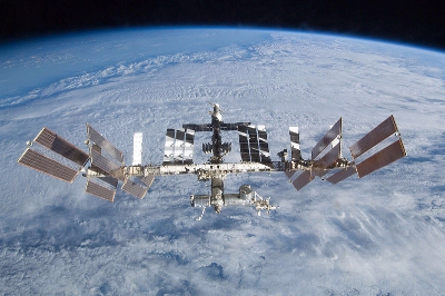 0092-sts-128_iss_separation.jpg