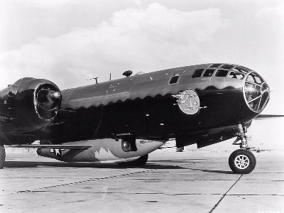 0118-bell_x-1a_in_the_belly_of_b-29.jpg