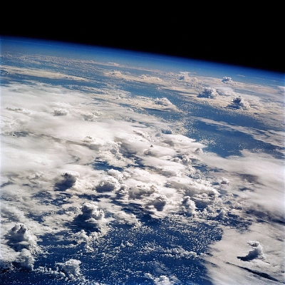 0159-thunderstorms_over_the_pacific_ocean.jpg