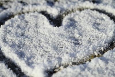 0185-i_love_snow_heart.jpg