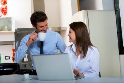 0085-couple_drink_coffee.jpg