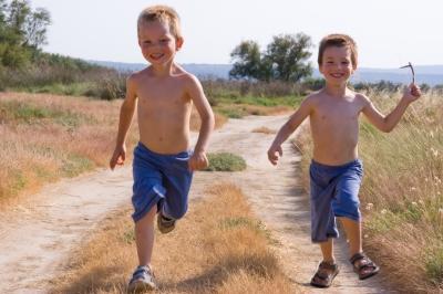 0129-running_children.jpg
