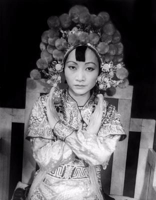0168-anna_may_wong_as_turandot_1937.jpg