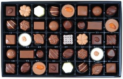 0173-various_chocolate_pralines.jpg