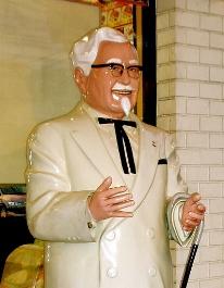 0211-colonel_sanders_statue.jpg