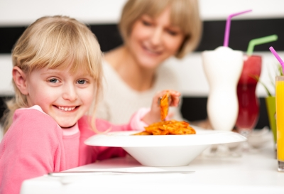 0212-cute_kid_enjoying_pasta.jpg