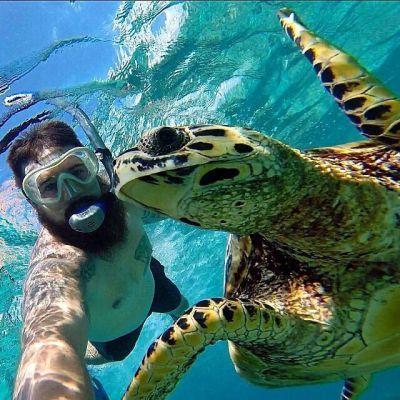 0323-turtle_selfie_indonesia_wildlife_travel_ocean_underwater_gopro.jpg