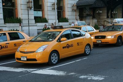 0385-new_york_prius_cab.jpg