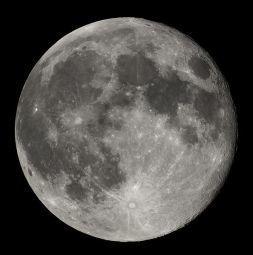 0473-full_moon_luc_viatour.jpg