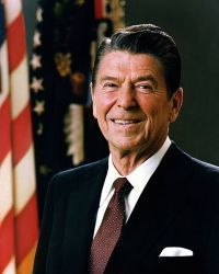 0487-official_portrait_of_president_reagan_1981.jpg