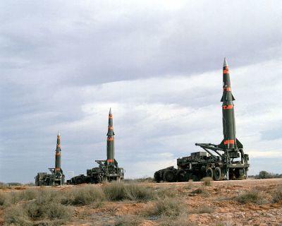 0487-pershing_ii_missiles_(single_stage_versions)_at_mcgregor_range.jpg