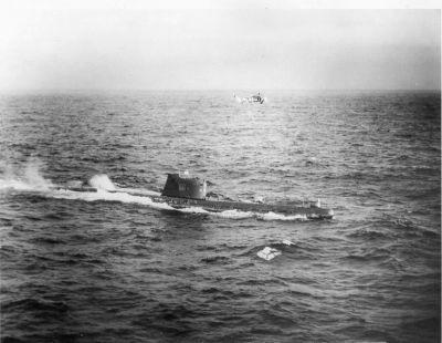 0489-soviet_b-59_submarine.jpg