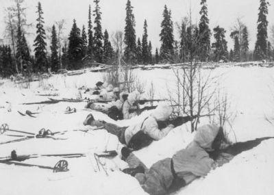 0496-finn_ski_troops.jpg