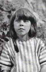 0496-tove_jansson_1923_cropped.jpg